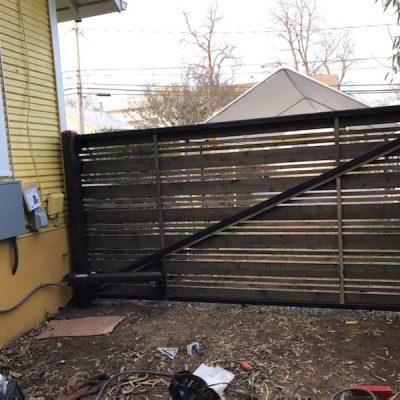 swing gate 8